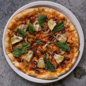 Artichoke, caramelized onions, olives, mushroom